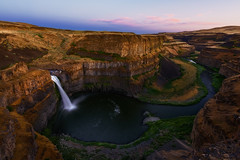 Palouse Falls, Washington (joaquinjavier115) Tags: sunset waterfall washington twilight desert falls palouse