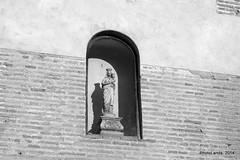 Iglesia de San Bartolomé (Siglo XVI) (Landahlauts) Tags: albaicin albayzin andalousie andalouzia andalucia andalusia andalusie andalusien andalusiya andaluzia andaluzio andaluzja endülüs endulus fujifilmxpro1 patrimoniodelahumanidad alandalus albayyāzīn albayyīzīn aljibe catolicismo church cristianismo edadmoderna franciscohernandezdemostoles granada granadaislamica granadamusulmana iglesiadesanbartolome juanalonso lopearias mezquitaalburriyani mudejar nfνδαλουσία renacimiento renacimientomudejar sigloxvi templo templocatolico arquitecturareligiosa religion iglesia faith reinoziri quarter district barrio andalusië artereligioso