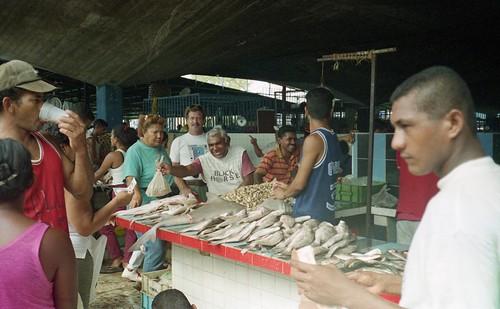 Puerta La Cruize marketplace