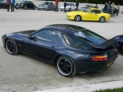 Porsche 928 (911gt2rs) Tags: treffen meeting show event tuning gemballa widebody bodykit s4 spoiler sportwagen coupe blau blue dunkelblau stance worldcars