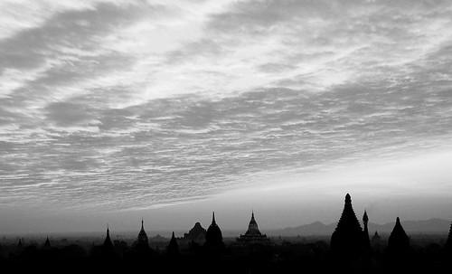 "Torres legendarias / Faros, minaretes, campanarios, rascacielos • <a style=""font-size:0.8em;"" href=""http://www.flickr.com/photos/30735181@N00/31722249413/"" target=""_blank"">View on Flickr</a>"