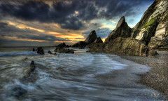 Journeys End [Explored 22/12/2016] (Nickerzzzzz - Thanks for stopping by :)) Tags: ©nickudy nickerzzzzz theartofphotography canoneos5dmarkiii ef1635mmf4lisusm westcombe beach sunset seascape sky sea water wave rocks journeysend ringmore explore