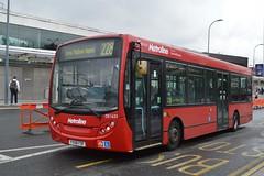 DE1635 YX58FOF (PD3.) Tags: city uk england white bus london buses station shopping de bush centre 200 shops dennis westfield enviro shepherds 1635 metroline fof yx58 yx58fof de1635