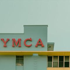 YMCA (klauslenzen) Tags: honolulu ymca