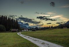 Karwendel / Alpen (-libellenwellen-) Tags: travel sunset mountain alps nature clouds canon germany landscape bayern deutschland bavaria reisen sonnenuntergang outdoor sony natur wolken berge alpen landschaft 1740mm a7 1740 garmischpartenkirchen karwendel geroldsee wagenbrüchsee