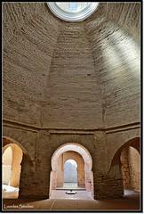 Mezquita del Alczar de Jerez de la Frontera (Lourdes S.C.) Tags: espaa luz contraluz andaluca arquitectura monumento interior mezquita interiores arcos alczar bveda jerezdelafrontera alczardejerezdelafrontera provinciadecdiz pueblosandaluces