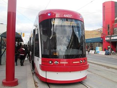 TTC 2015 Bombardier Flexity Outlook #4407 (Views from the Seven Photography) Tags: new toronto downtown chinatown ttc tourist destination spadina dundas avenue streetcars blogto