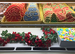 Tripoli's Holiday Cookies (ParkerRiverKid) Tags: cookies chrismas tripolis beachpizza scavenger7 ansh66