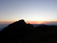 Punta Martin_029_Tramonto_09-16 (mi.da_me) Tags: genova liguria punta martin tramonto bric dente mountainsnaps appennino autunno sagoma
