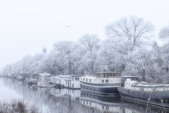 A bit of winter in Amsterdam (AromaX) Tags: city amsterdam water channel boat urban frost snow winter