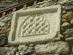 coat of arms (Bichoes) Tags: nisyros dodekanse aegean mandraki spiliani monastery knights castle greece