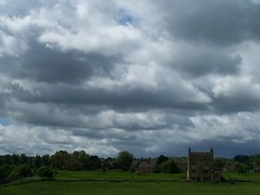 I think it might rain (rutty) Tags: cotswolds chipping chippingcampden rutty
