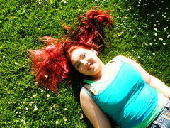 day glow (only alice) Tags: summer smile grass gardens daisies hair happy ofme botanics goodtimes onlyalice