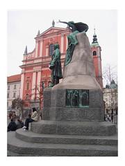 Sentada bajo Preseren (inbeesible) Tags: slovenia ljubljana eslovenia preseren