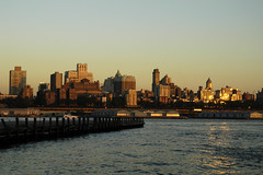 HLP-040706.JPG (Alex Segre) Tags: newyorkcity sunset usa evening dusk manhattan unitedstatesofamerica brooklynheights eastriver alexsegre