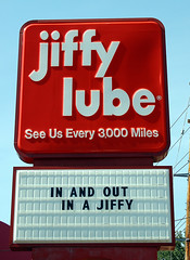 jiffy lube (by Joe Dunckley) http://flickr.com/photos/steinsky/193395157/