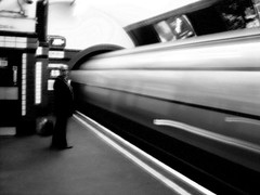 Tube (edwardkb) Tags: longexposure london topf25 train underground geotagged europe tube eu rail slowshutter ubahn londonunderground northernline interestingness63 i500 250v10f cotcmostfavorites ruvjet geo:lat=51520467 geo:lon=0134625 edwardbarnieh
