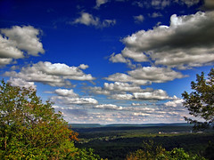 Expansion (Nicholas_T) Tags: summer sky weather clouds landscape pennsylvania valley creativecommons poconos bluemountain appalachianmountains stratocumulus monroecounty kittatinnymountain easternnorthamericanature mountpoconooverlook knobroad