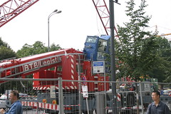 IMG_7561 (stelb) Tags: auto berlin car truck mercedes crane crash accident crashed taxi taxis freak fallen disaster mercedesbenz damage alexanderplatz breakdown mitte kran mishap merc unfall freakaccident domaquaree