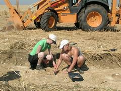 DSCN3090 (wickenpedia) Tags: archaeology sarah jen timeteam wicken wwwwickenarchaeologyorguk