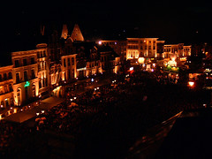 Grote Markt - Maanrock 2006 (Tom Andries) Tags: night lights 2006 mechelen afterdark malines maanrock stadmechelen cityofmalines zondag20augustus2006 grotemarktbynight