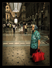 Il incredibile viaggio della Signora di Pietro / The amazing journey of Lady Pietro (brunoat) Tags: street portrait people italy woman milan lady cutout topf75 italia milano accepted1of100 been1of100 unposed seora signora lmff lmff1 lmff2 lmff3 lmff4 lmff5 lmff6 lmff7 lmff8 lmff9 brunoat abigfave brunoabarca