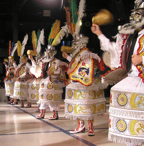 Danzas y trajes de la region de Puno (cerca del lago Titicaca y de Bolivia)/ dances and costumes of the Puno region (close to the Titicaca lake and Bolivia)/ danses et costumes de la region de Puno (proche du lac Titicaca et de la Bolivie)