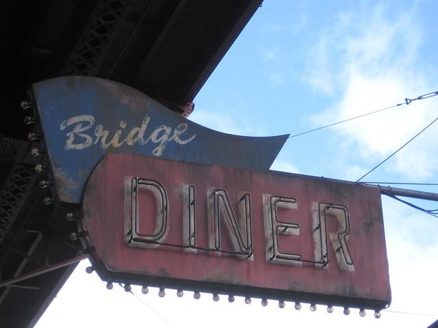 Bridge Diner 4