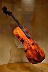 JKN©-14-N70_8316 (John Nakata) Tags: alexanderbarantschik amati cremona gesuin1742 gilshaham giuseppeguarneridel guarnerius instrument isaacstern italy itzhakperlman jaschaheifetz palaceofthelegionofhonor robertmcduffie sanfrancisco sanfranciscosymphonyconcertmaster stradivari violin