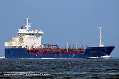 Nordic Nadja (andreasspoerri) Tags: dnemark tanker cuxhaven nordicnadja unionnavallevantevalencia unitednadja bronadja nadjawonsild clippernadja imo9122112