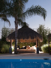 _MG_8587 (colizzifotografi) Tags: tramonto piscina palma candele cuscini villademetra