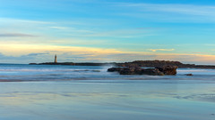 Breaking Wave (Uillihans Dias) Tags: longexposure blue sunset sea lighthouse rock clouds sunrise landscape scotland wave slowshutter northberwick hdr breakingwave d7200 nikond7100 nikond7200 nikon1755mmf28gafsdxifedlens