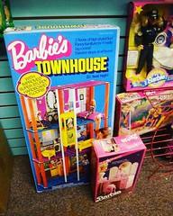 💁🎀👏 Still a kid at heart.😜😆😍 #retrobarbie #barbiehouse #barbielife #barbie #vintage #vintagebarbie #barbielover #thriftshop #kidatheart #barbielove #retro #retrotoys #ilo (Raccoon Photo) Tags: square doll townhouse barbie squareformat clarendon dollhouse thriftshop vintagetoys barbiehouse retrotoys vintagebarbie barbietownhouse vintagebarbiehouse barbiestownhouse retrobarbie iphoneography instagramapp uploaded:by=instagram foursquare:venue=4b118673f964a5207f7e23e3