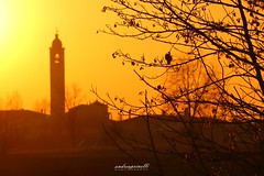 Italian sunset (andreaprinelliphoto) Tags: andreaprinelliphoto andreaprinelli prinelli tramonto sunset crepuscolo italia italian sole chiesa campanile campagna country inverno winter 2016