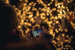 Taking Photographs At Christmas Market (thethomsn) Tags: taking photographs christmasmarket christmasseason advent bokeh decoration mobilephone hands woman blurry focus dof thethomsn