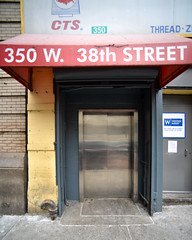 38th Street (311) West 350 (shooting all the buildings in Manhattan) Tags: 38thstreet newyorkcity newyork 2015 architecture february manhattan ny nyc us door
