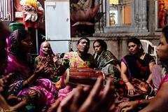 Hinduism Pray (rabbit7419999) Tags: travel travelphotography india varanasi hindu hinduism sing pray faith religion people portrait