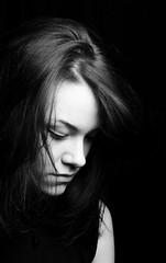Mégane (Lievinshoot) Tags: portrait monochrome noir et blanc brune