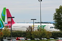 A320-232 EI-FLZ ex LZ-MDA VIA colours (shanairpic) Tags: irish via shannon a320 airbusa320 jetairliner lzmda eiflz