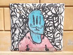 218 (en-ri) Tags: muro wall writing graffiti rosa emilia azzurro nero omino reggio bibbito
