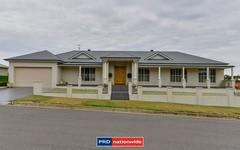 18 Beattie Boulevard, Tamworth NSW