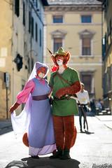Robin Hood e Lady Marian (Riccardo Mollo) Tags: couple cosplay disney cosplayer foxes robinhood coppia maidmarian volpi luccacomics ladymarian luccacomics2015
