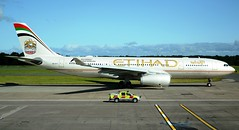 Etihad Airways Airbus A330-243 A6-EYT Profile (Mark 1991) Tags: edinburgh airbus edi a330 etihadairways a330200 etihad edinburghairport a6eyt
