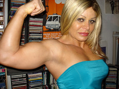 Michelle Falsetta, BODYBUILDER (Jonathan Clarkson) Tags: biceps sexyarms armfetish skinnygirls skinnyarms arms muscles cutegirls