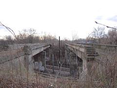 DSCN5326 (TajemniczaIstota761) Tags: abandoned railway viaduct wiadukt kolejowy