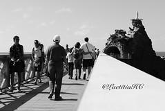 Biarritz le Rocher de la Vierge (LaetitiaHC) Tags: leica blackandwhite candid streetphotography lifestyle streetlife 64 euskalherria biarritz basquecountry paysbasque aquitaine pyrnesatlantique peoplestreetphotography lerocherdelavierge dlux6