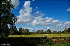 Wie sjoen os Limburg is #5 (Hindrik S) Tags: limburg heuvelland bommerig mechelen geul geuldal sky skepping creation schepping landscape landschap land green clouds cloudhunting panorama bluesky wolken blauw sonyphotographing sony sonyalpha α57 a57 slta57 tamron tamron1750 tamronspaf1750mmf28xrdiiildasphericalif 1750 2015 amount