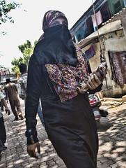 HL8A1698 (deepchi1) Tags: india bread hijab bombay mumbai niqab slums