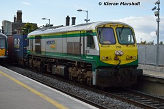 218 passes Portarlington, 7/10/15 (hurricanemk1c) Tags: irish train gm rail railway trains railways irishrail 201 generalmotors 218 portarlington 2015 emd iarnród éireann iarnródéireann iwtliner industrialwarehousingandtrading 1140ballinanorthwall