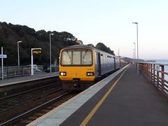 143620 Dawlish (Marky7890) Tags: station train railway devon pacer gwr dawlish fgw class143 143620 2t24
